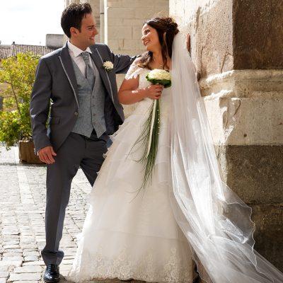 sposi in piazza fotografia